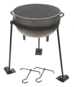 Bayou Classic Cast Iron 4-gallon Jambalaya Pot